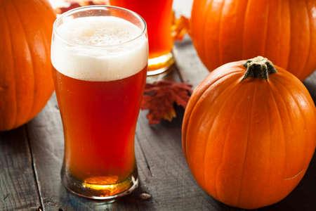 frothy: Spumoso zucca arancione Ale Pronto per Bere