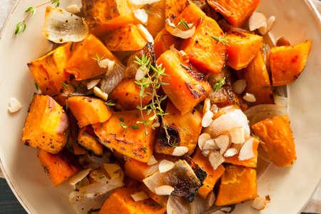 batata: Homemade camote cocido con cebolla y hierbas