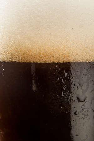 stout: Refrescante Oscuro Stout Cerveza Listo Para Beber