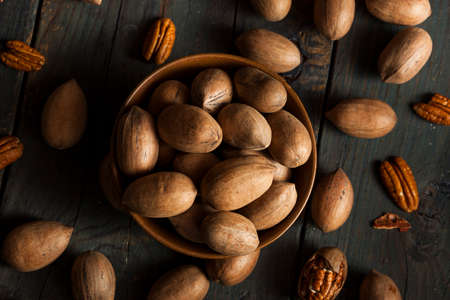 pecans: Raw Organic Whole Pecans Ready to Eat