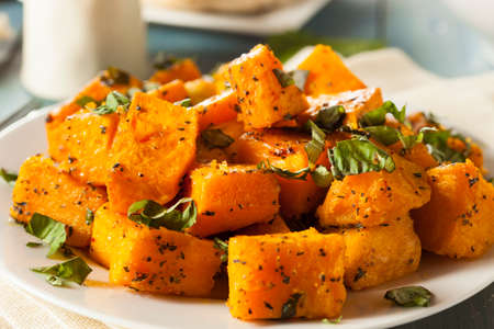 butternut squash: Organic Baked Butternut Squash with Herbs and Spices