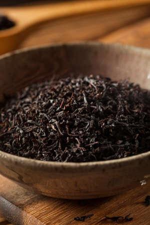 loose: Dry Black Loose Leaf Tea in a Bowl