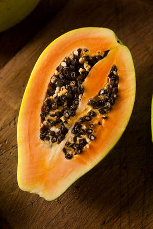 black seeds: Raw Organic Green Papaya with Black Seeds