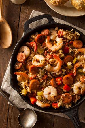 santa cena: Picante casera Cajun Jambalaya con Salchicha y Camarones