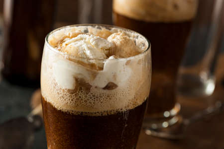 stout: Frozen Dark Stout Beer Float with Ice Cream