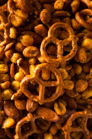 pretzels: Seasoned Pub Snack Mix with Nuts and Pretzels