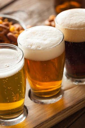 cerveza negra: Cervezas clasificadas en una Listo Vuelo de Cata