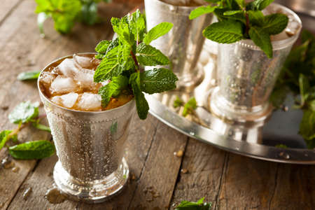 menta: Refrescante fr�a Mint Julep