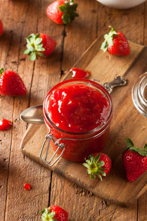 strawberry jelly: Homemade Organic Strawberry Jelly in a Jar