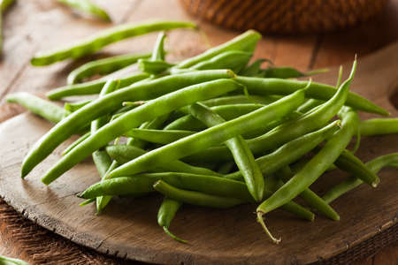 french bean: Raw Organic Green Beans Ready to Eat