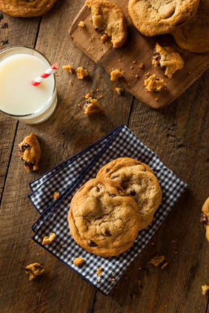 chocolate chip cookies: Homemade Chocolate Chip Cookies with Walnuts and Milk Stock Photo