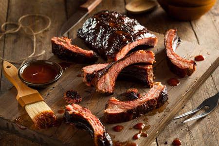 Homemade Côtes de porc barbecue fumé Prêt à Manger