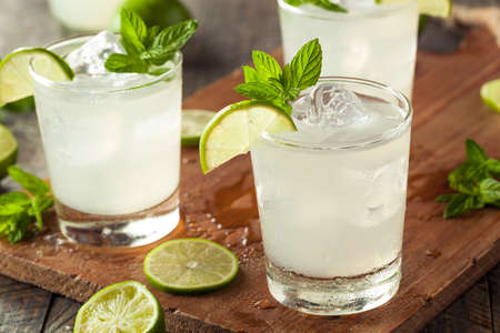 Cold Refreshing Iced Limeade with a MInt Garnish Stock fotó