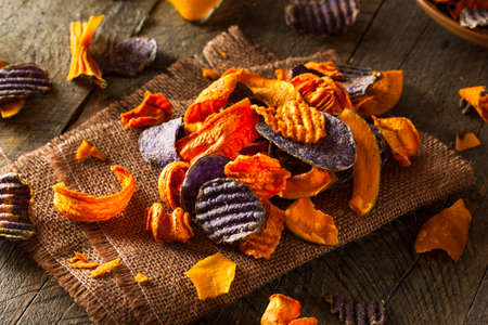 sweet food: Healthy Organic Vegetable Chips Ready to Eat