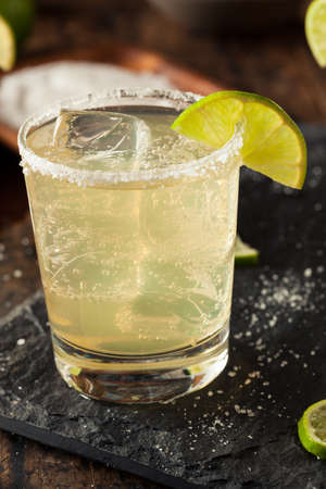 margarita drink: Homemade Classic Margarita Drink with Lime and Salt