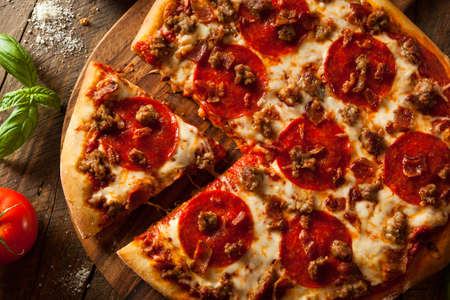 crust: Homemade Meat Loves Pizza with Pepperoni Sausage and Bacon