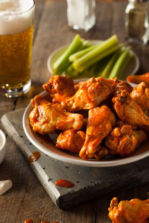 hot wings: Spicy Homemade Buffalo Wings with Dip and Beer