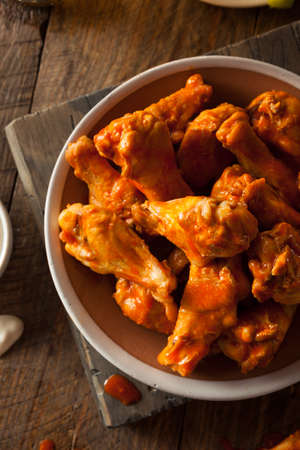 snack bar: Spicy Homemade Buffalo Wings with Dip and Beer