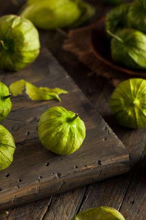 edible plant: Healthy Organic Green Tomatillos Ready to Eat