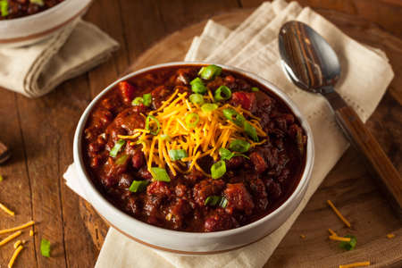 Homemade Organic Vegetarian Chili with Beans and Cheese Banco de Imagens - 44687870