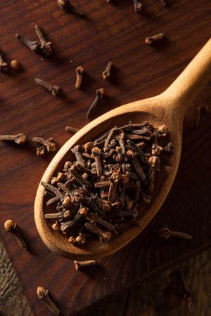 Raw Brown Organic Kruidnagel Ready to Use Stockfoto - 47191707