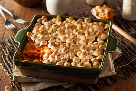 Homemade Sweet Potato Casserole for Thanksgiving Imagens - 48851052
