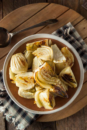 fennel seeds: Organic Baked Fennel Bulbs with Salt and Pepper