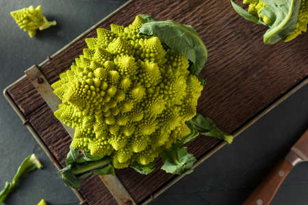 Raw Green Organic Romanesco Ready to Cook Banco de Imagens