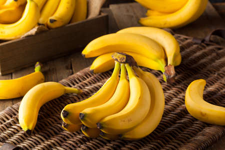 Raw Organic Bunch of Bananas Ready to Eat Imagens - 51972109