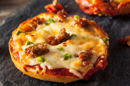 bagels: Sausage and Pepper Pizza Bagels with Cheese