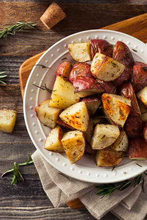 prepared dish: Homemade Roasted Herb Red Potatoes with Salt and Pepper