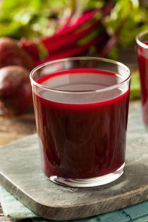 Raw Organic Beet Juice in a Glass Zdjęcie Seryjne