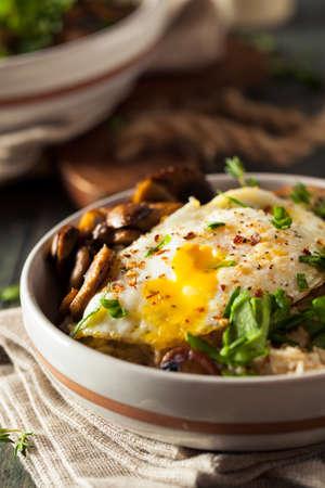 avena: La harina de avena hechas en casa sabroso saludable con setas Huevos y espinaca
