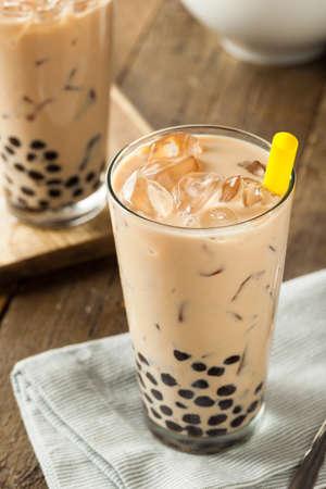 Homemade Milk Bubble Tea met tapiocaparels Stockfoto
