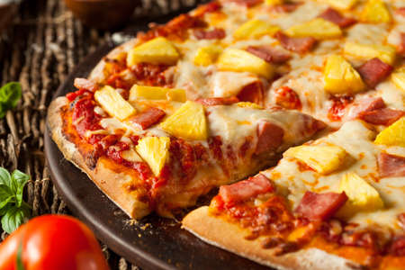 Homemade Pineapple and Ham Hawaiian Pizza Ready to Eat Stok Fotoğraf