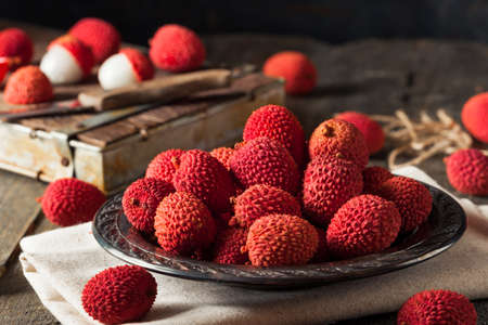 lechee: Raw Organic Red Lychee Berries Ready to Eat