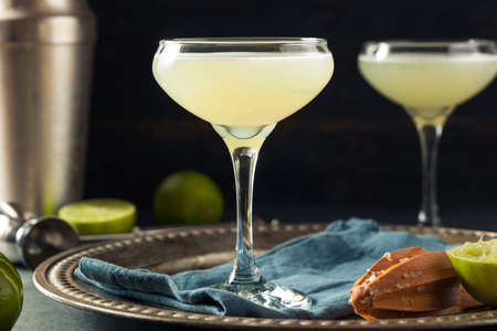 pattern: Alcoholic Lime and Gin Gimlet with a Garnish Stock Photo