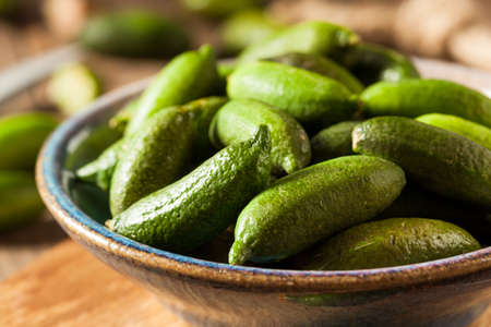 Rauwe biologische groene vingerkreeften klaar om te eten