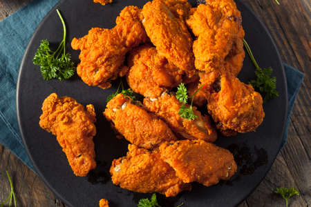 fried chicken: Spicy Deep Fried Breaded Chicken Wings with Ranch