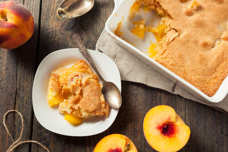 crust: Delicious Homemade Peach Cobbler with a Pastry Crust