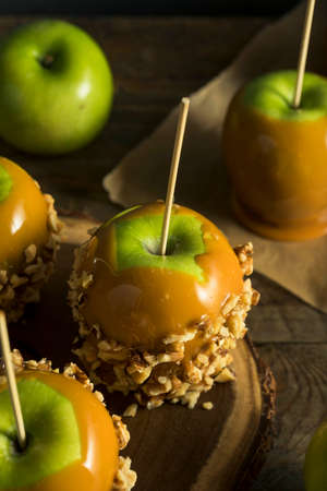taffy: Homemade Organic Candy Taffy Apples for Halloween