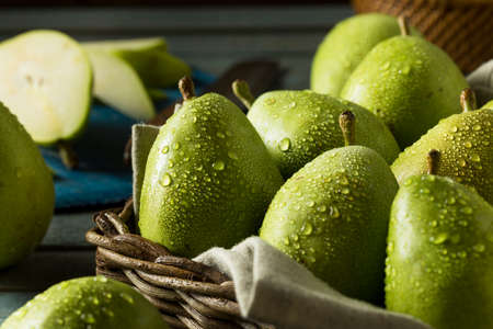 Raw Green Organic Danjou Pears Ready to Eat