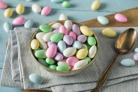 Süße Kandierte Jordan Mandeln in einer Schüssel
