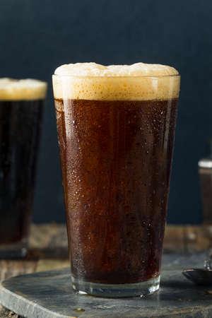 Frothy Nitro froide Brew Café Prêt à Boire Banque d'images - 71350193