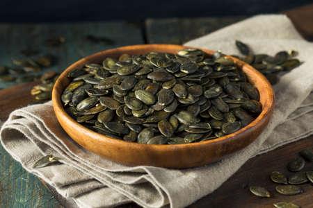 Semillas de calabaza orgánica salada seca de Pepita para picar