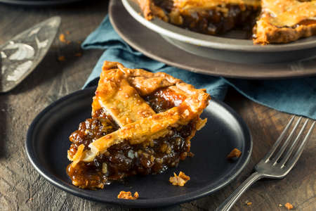 Sweet Homemade Mincemeat Pie for the Holidays