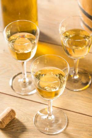 Dry French Sherry Dessert Wine in a Glass Stockfoto