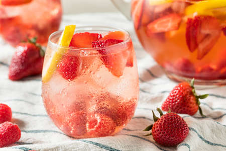 Homemade Berry Rose Sangria with Lmeon Ready to Drink Stok Fotoğraf