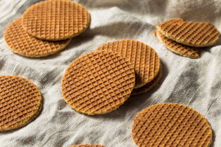 Homemade Dutch Stroopwafles with Honey Ready to Eat Banque d'images