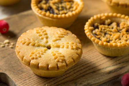 Homemade Mini Mincemeat Pies for the Holidays